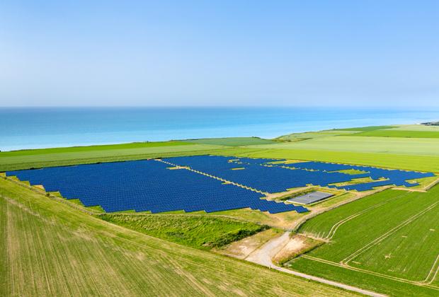 Quels défis rencontrent les acteurs de l'éolien et du photovoltaïque accompagnés par CTN France ?